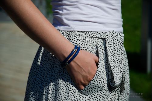 Браслет TOTEM Symbol Blue на руке