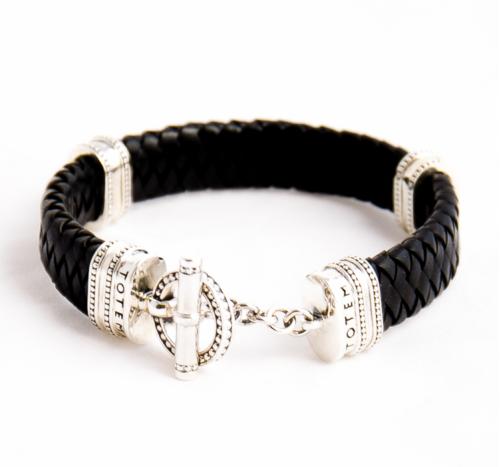 Серебряный браслет на широком кожаном шнуре Toggle Leather Oval Black